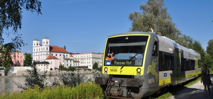 Der erste moderne Triebwagen auf der Granitbahn: Sonderfahrt mit Agilis-Regioshuttle nach Rosenau bei Passau