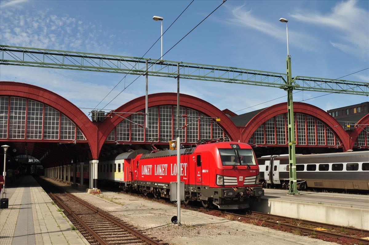 http://www.stifter-mauth.de/bahn/wp-content/uploads/fotos/schweden/2019/007_20190805_193_254_Snaelltaaget_MalmoeC.jpg