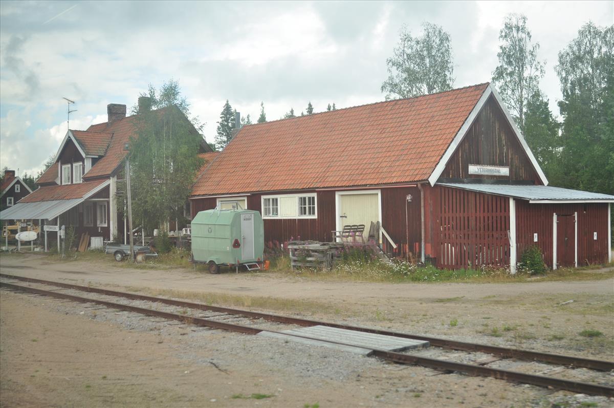 http://www.stifter-mauth.de/bahn/wp-content/uploads/fotos/schweden/2019/064_20190808_Bahnhof_Ytterhogdal.jpg