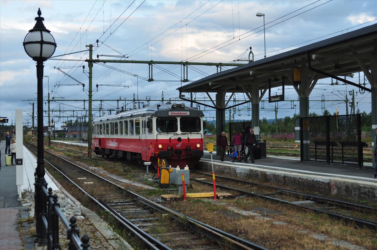 http://www.stifter-mauth.de/bahn/wp-content/uploads/fotos/schweden/2019/067_20190808_Inlandsbahn_Tw1336_Oestersund.jpg
