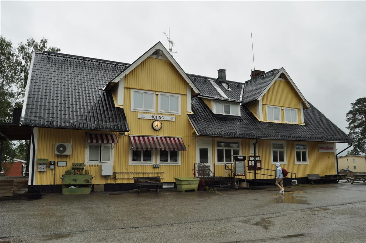 http://www.stifter-mauth.de/bahn/wp-content/uploads/fotos/schweden/2019/082_20190811_Bahnhof_Hoting.jpg