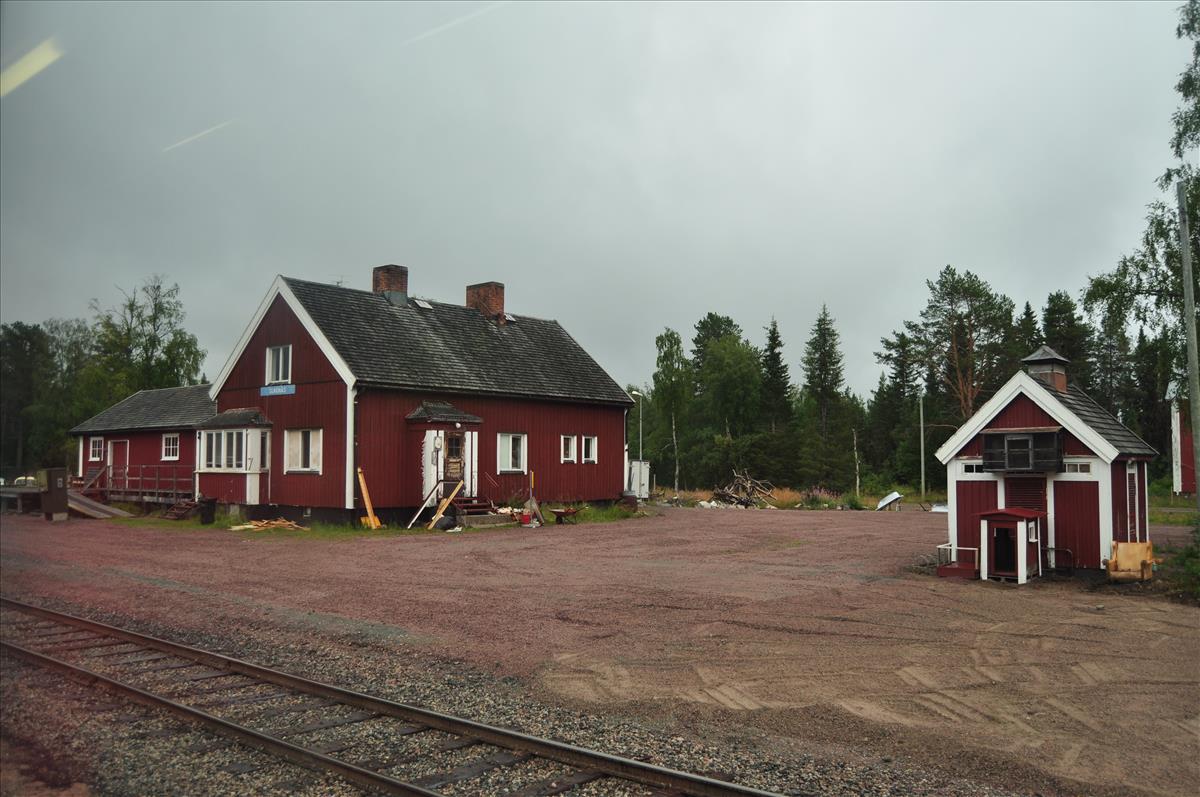 http://www.stifter-mauth.de/bahn/wp-content/uploads/fotos/schweden/2019/092_20190811_Bahnhof_Slagnaes.jpg