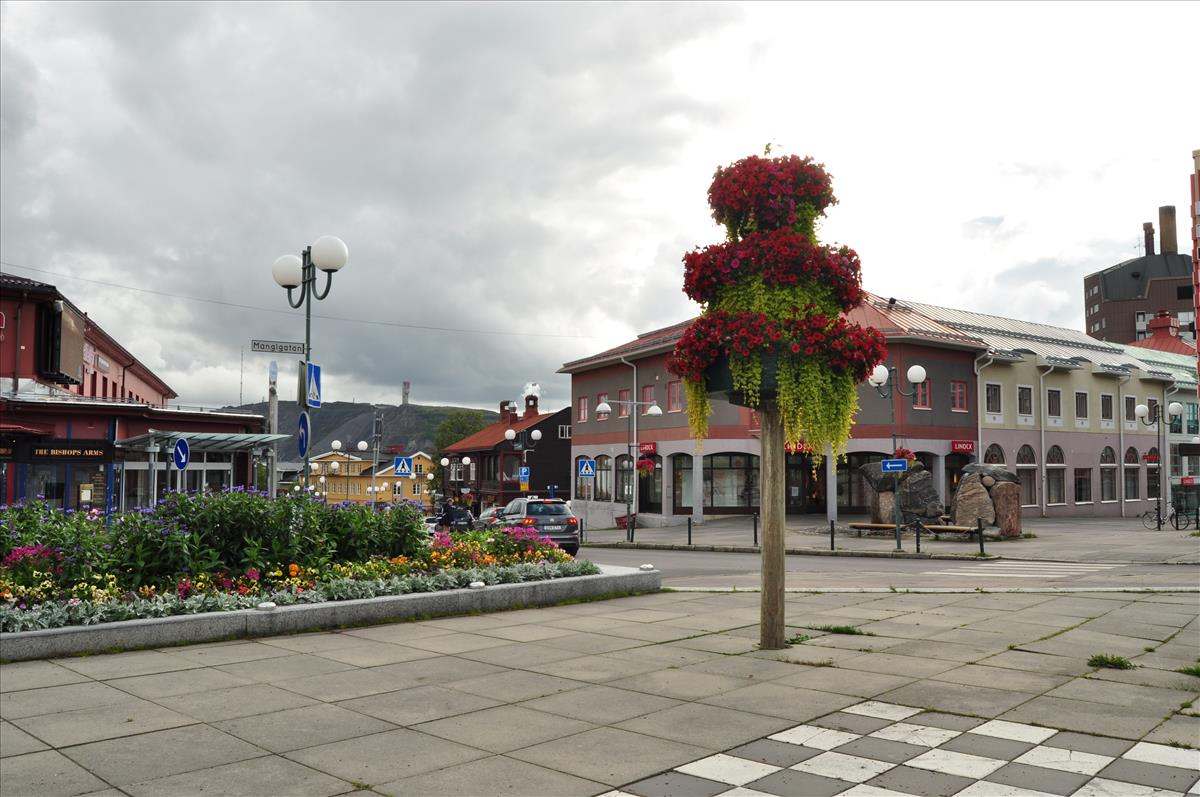 http://www.stifter-mauth.de/bahn/wp-content/uploads/fotos/schweden/2019/112_20190813_Stadt_Kiruna.jpg