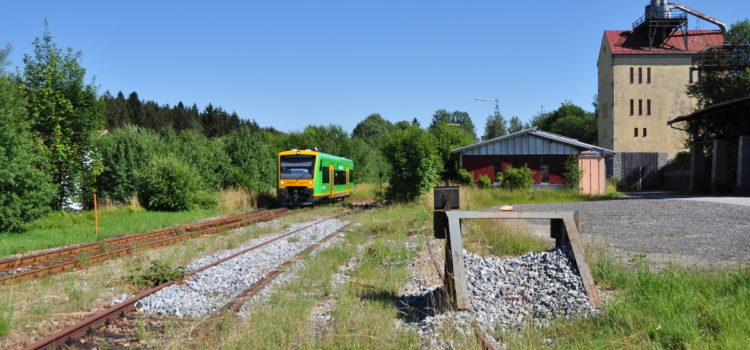 Stundentakt Zwiesel-Grafenau ab Dezember 2022